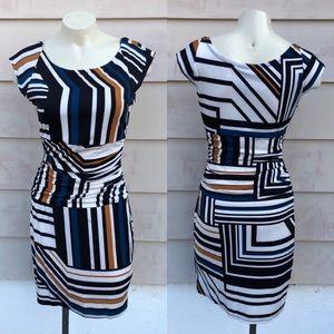 Pre loved 🌺🌵 Bisou Bisou statement cute dress .